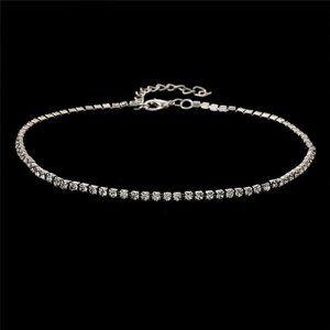 Jewelry - NWOT Dainty Silver Rhinestone Choker